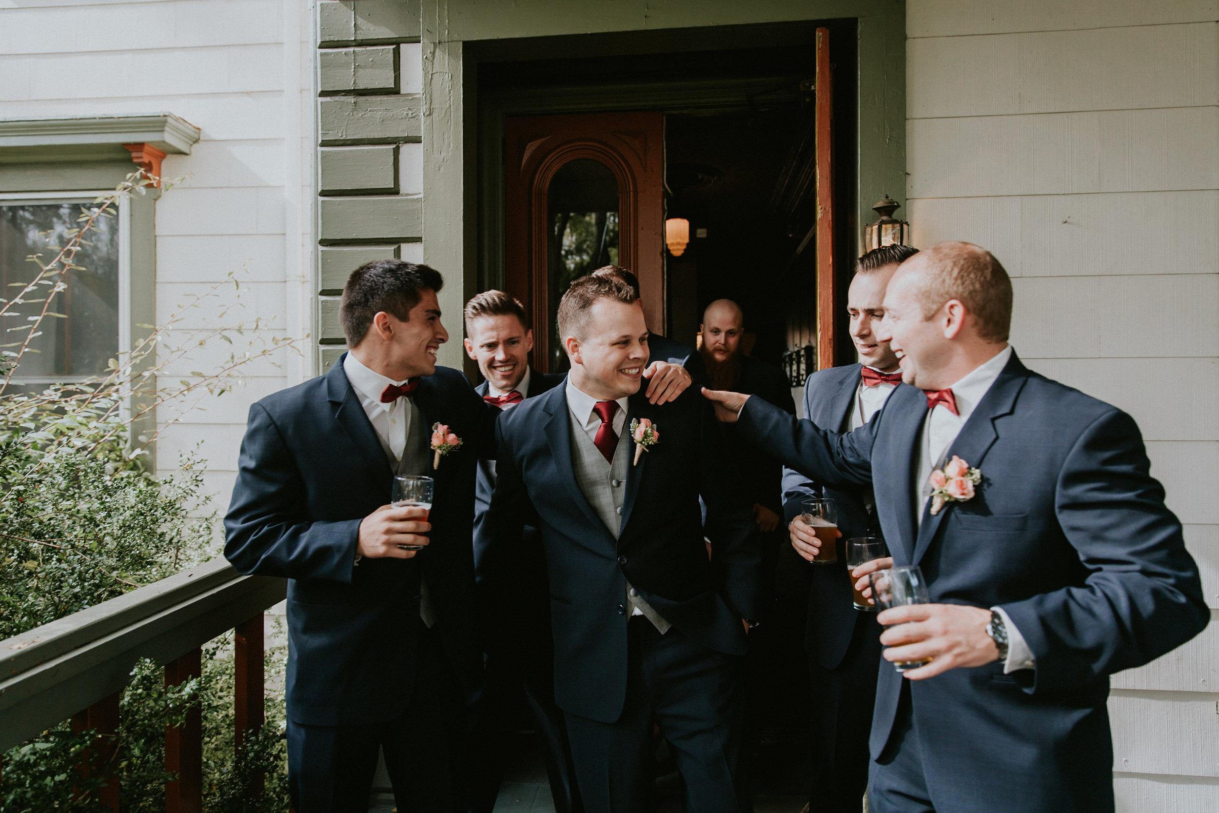 Portland_wedding_photographer_McMenamins_Alfred_Tang-15.jpg