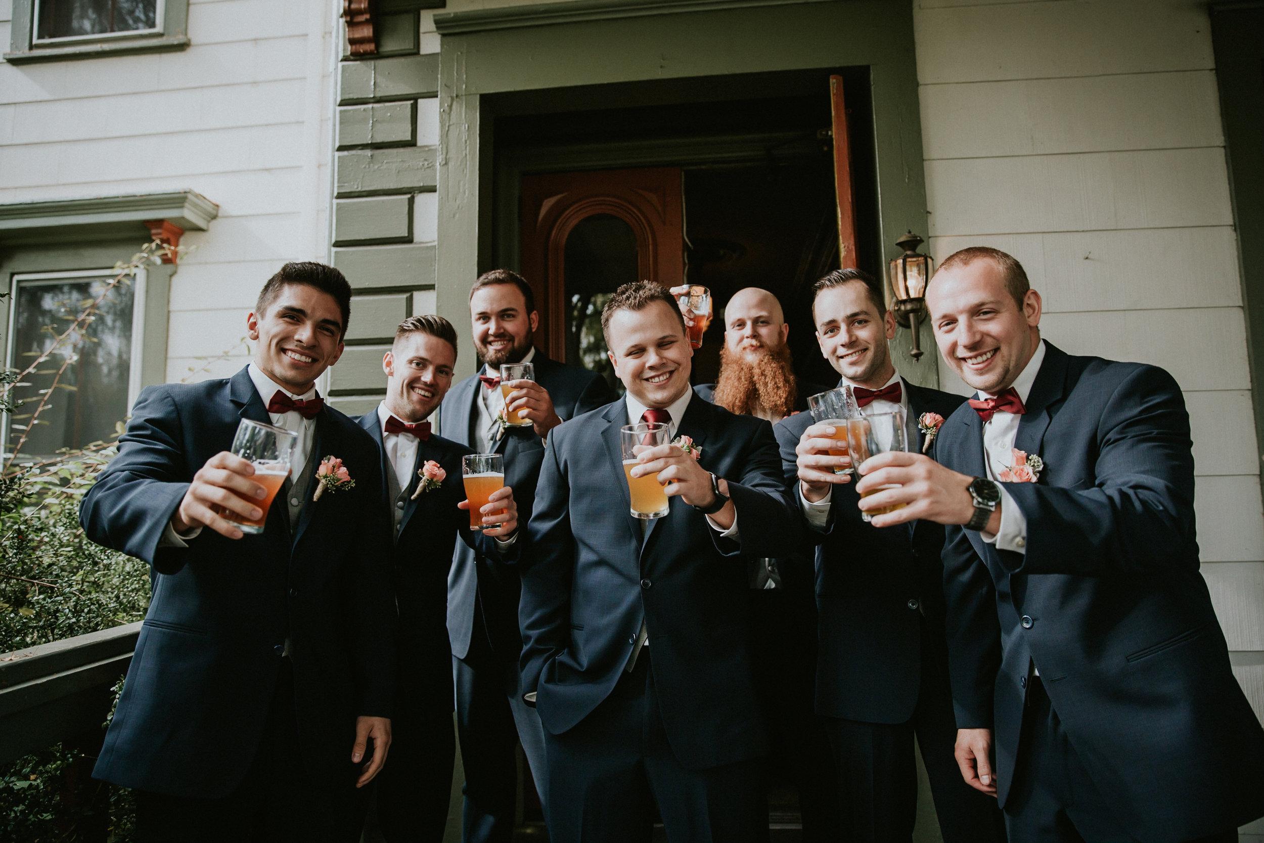 Portland_wedding_photographer_McMenamins_Alfred_Tang-18.jpg