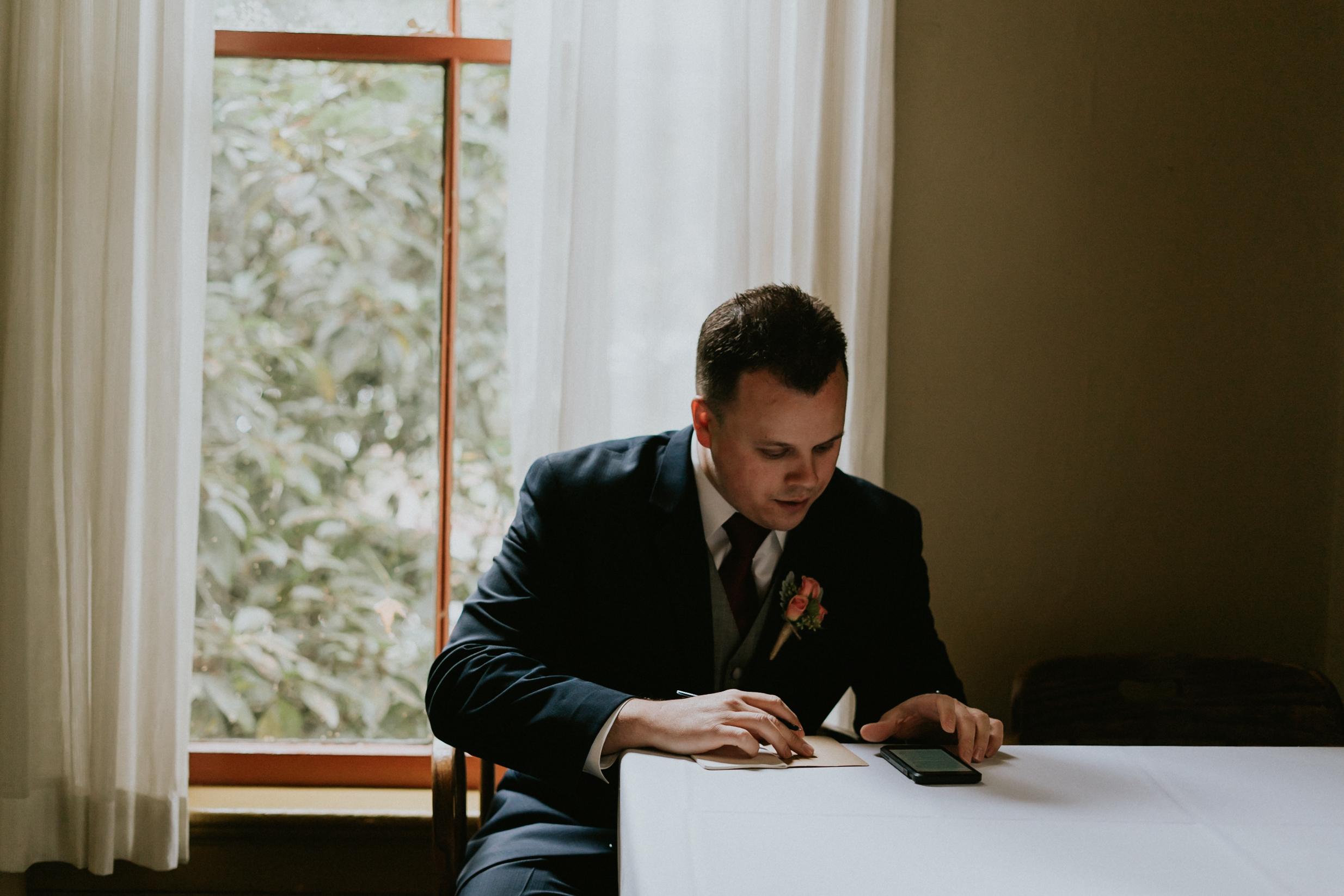 Portland_wedding_photographer_McMenamins_Alfred_Tang-22.jpg