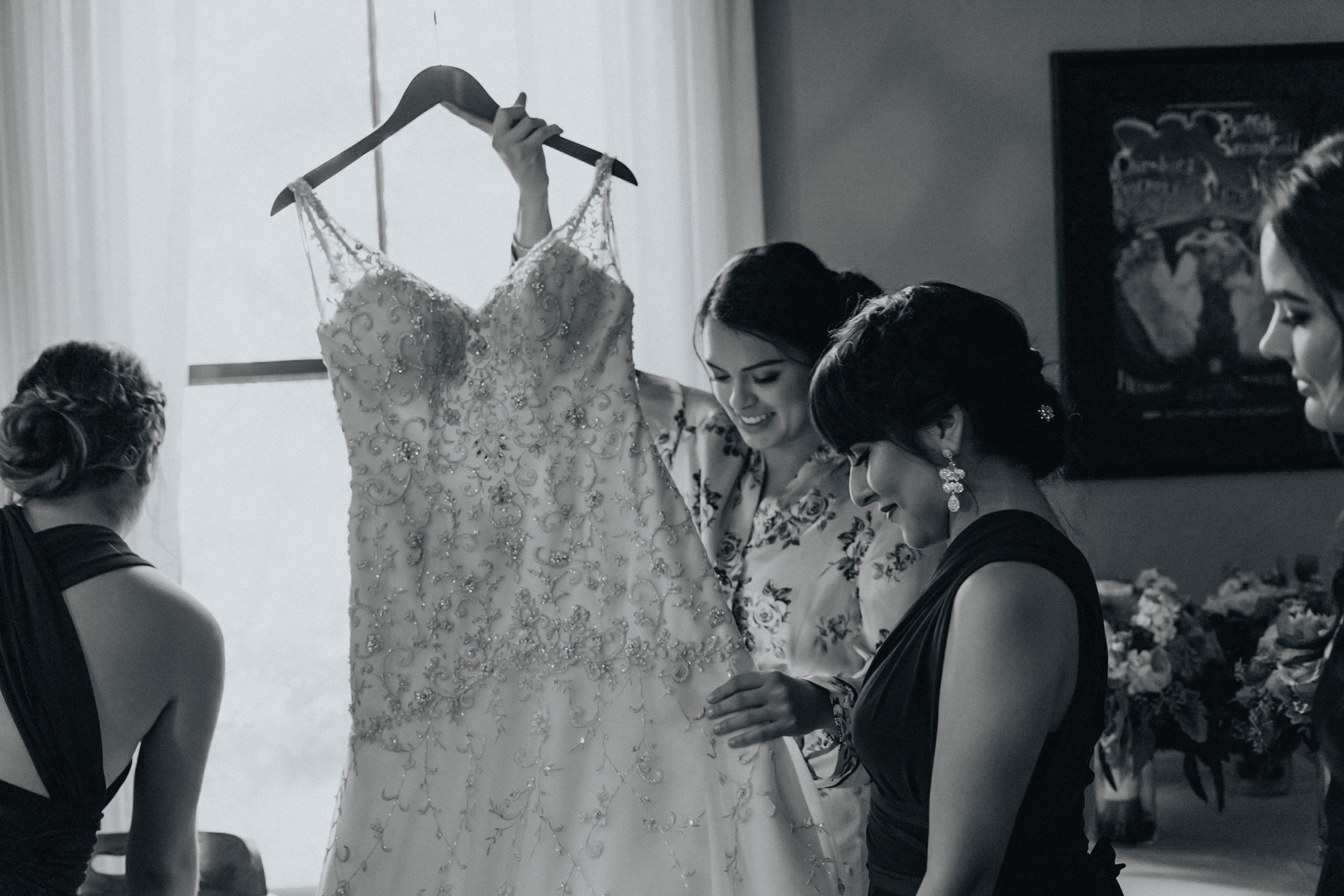 Portland_wedding_photographer_McMenamins_Alfred_Tang-30.jpg