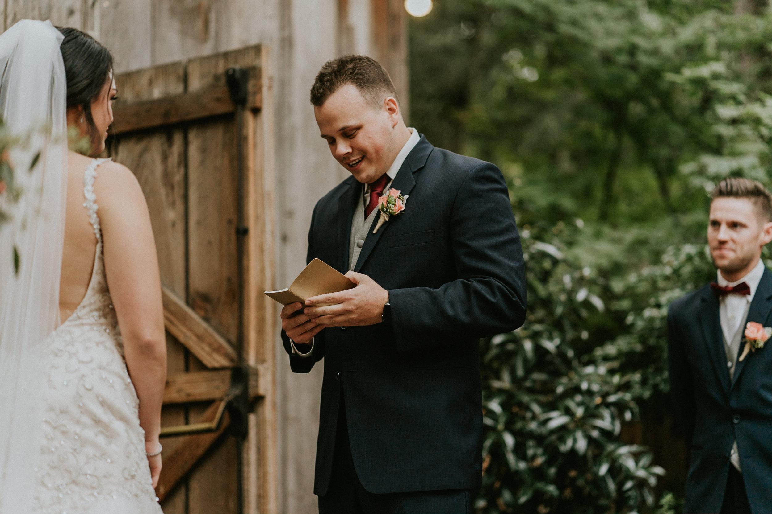 Portland_wedding_photographer_McMenamins_Alfred_Tang-77.jpg