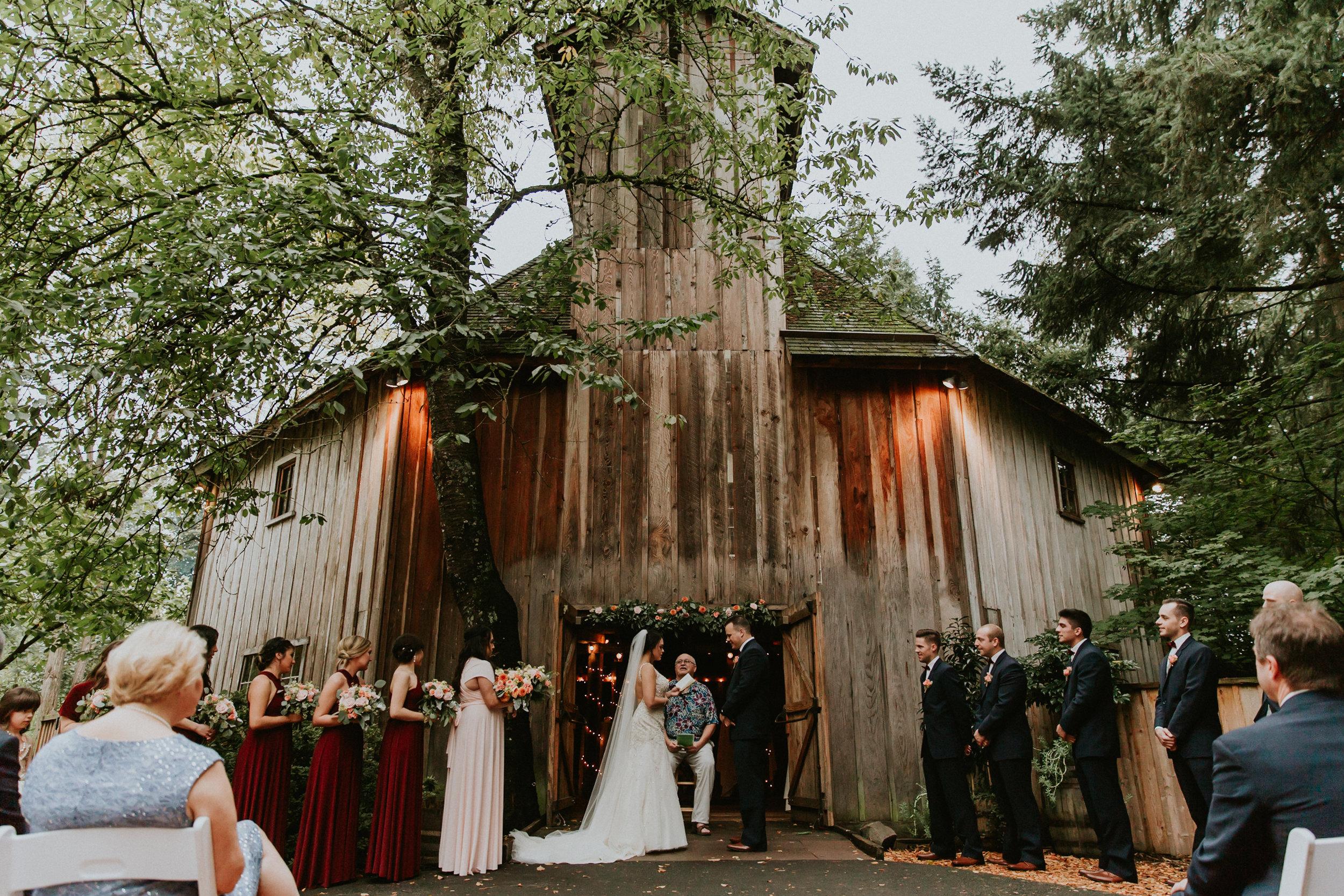Portland_wedding_photographer_McMenamins_Alfred_Tang-76.jpg