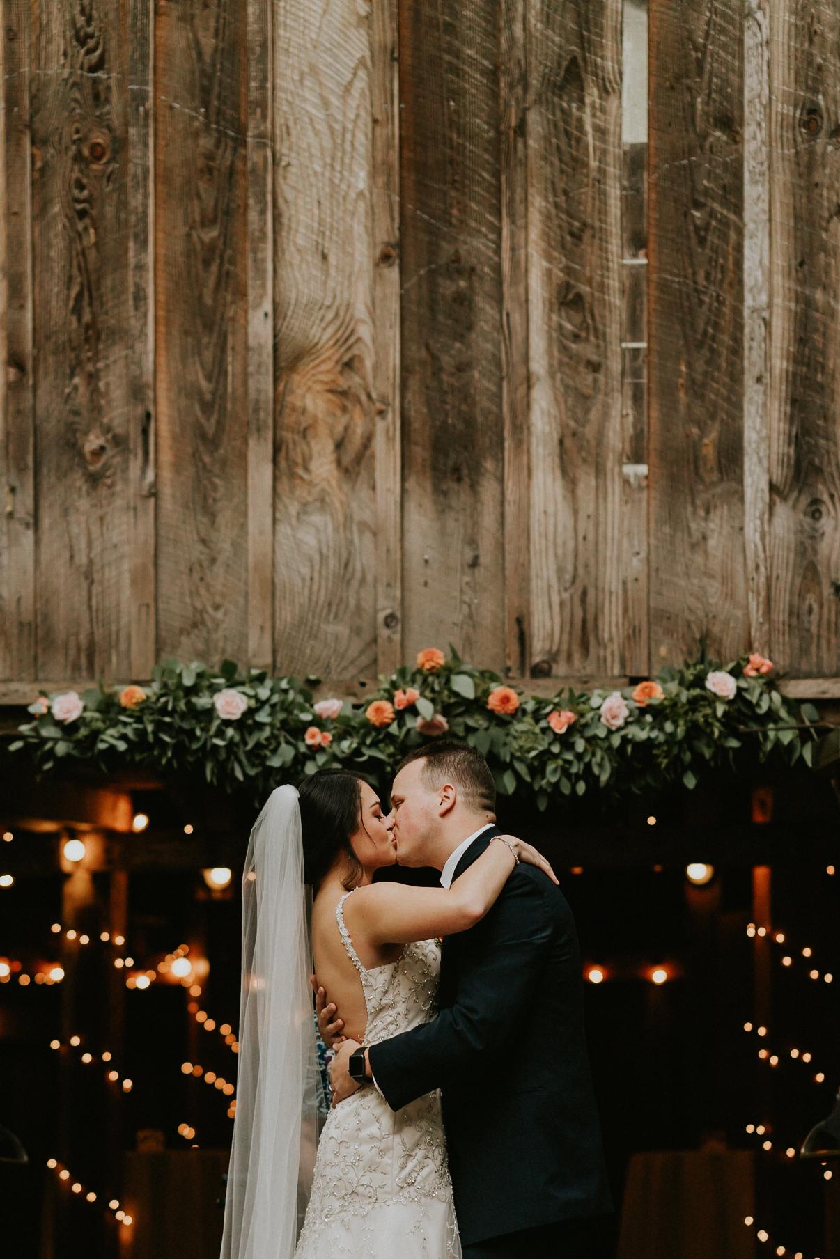 Portland_wedding_photographer_McMenamins_Alfred_Tang-85.jpg