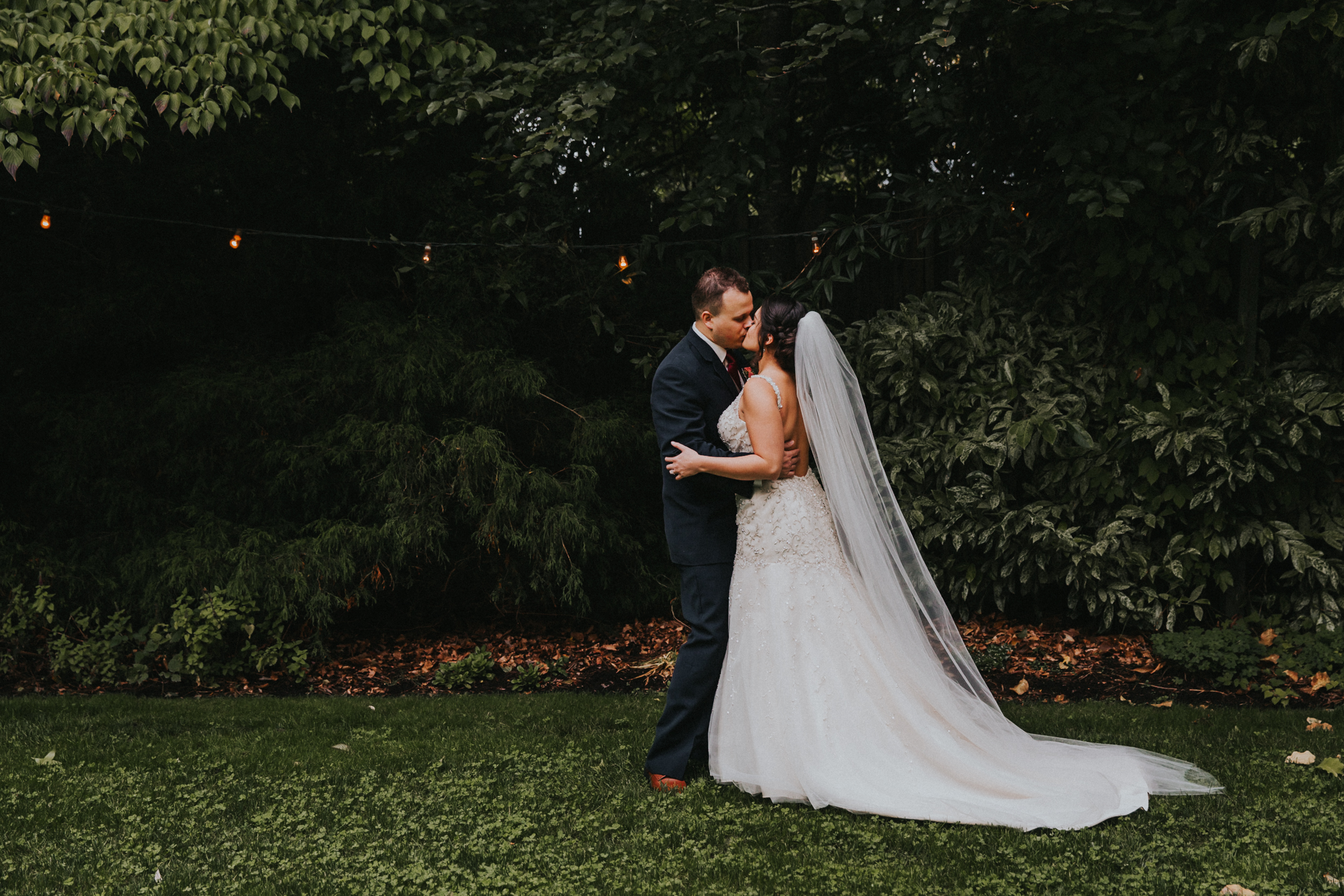 Portland_wedding_photographer_McMenamins_Alfred_Tang-6.jpg