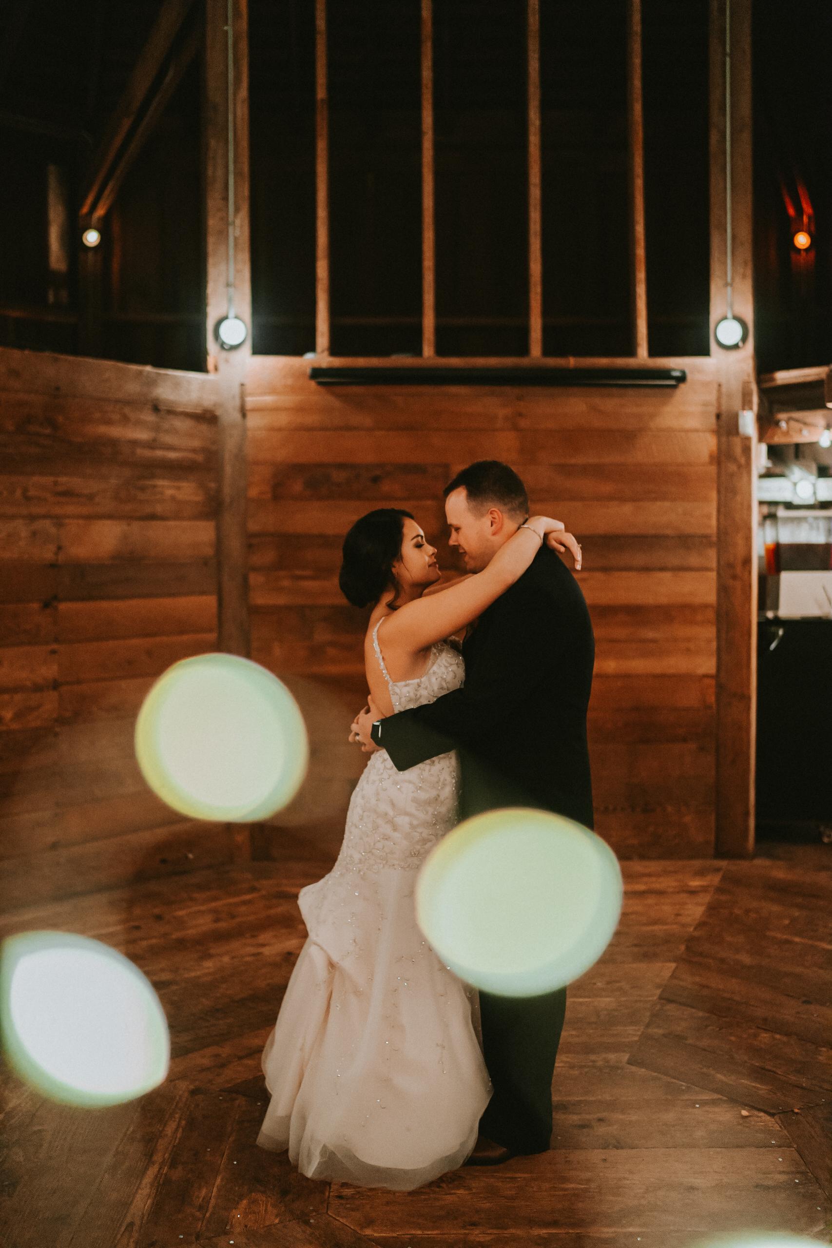 Portland_wedding_photographer_McMenamins_Alfred_Tang-45.jpg