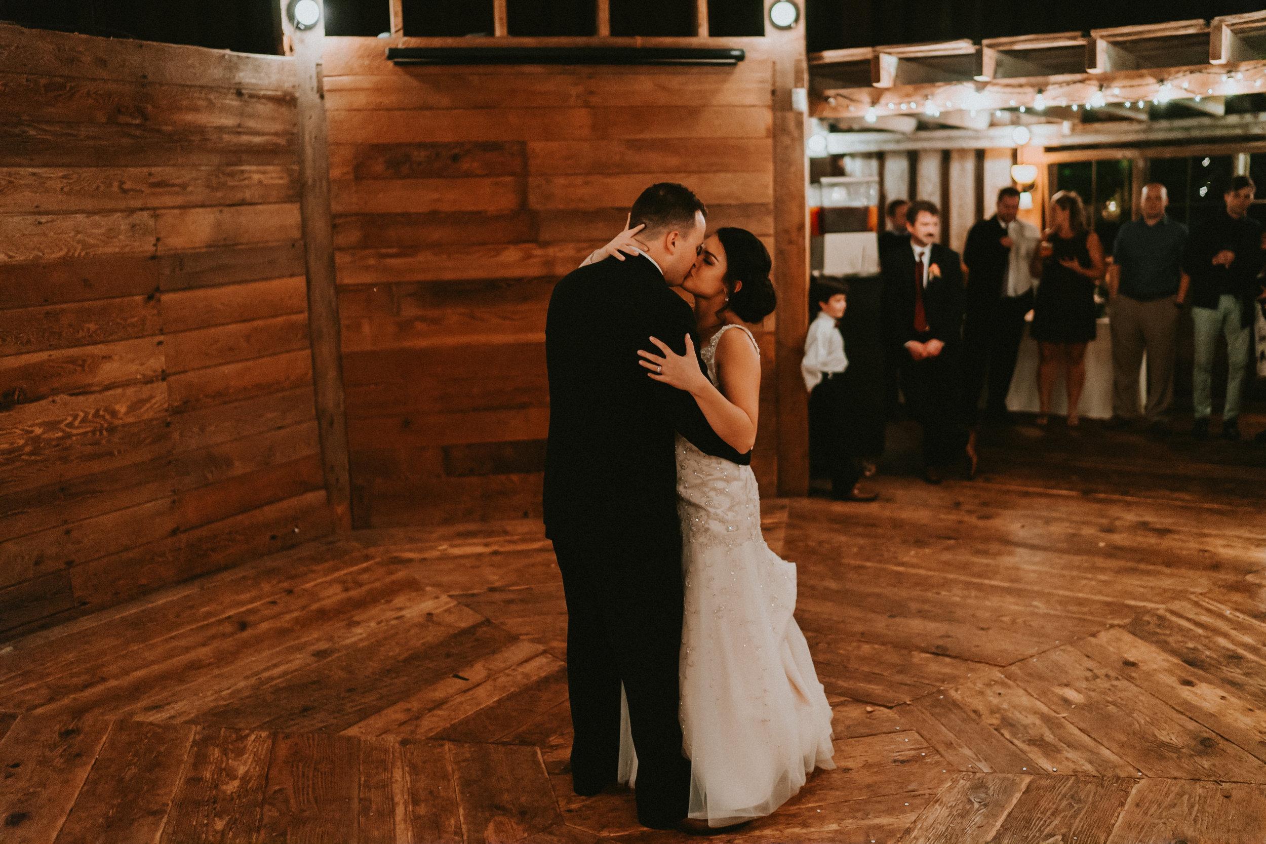 Portland_wedding_photographer_McMenamins_Alfred_Tang-53.jpg