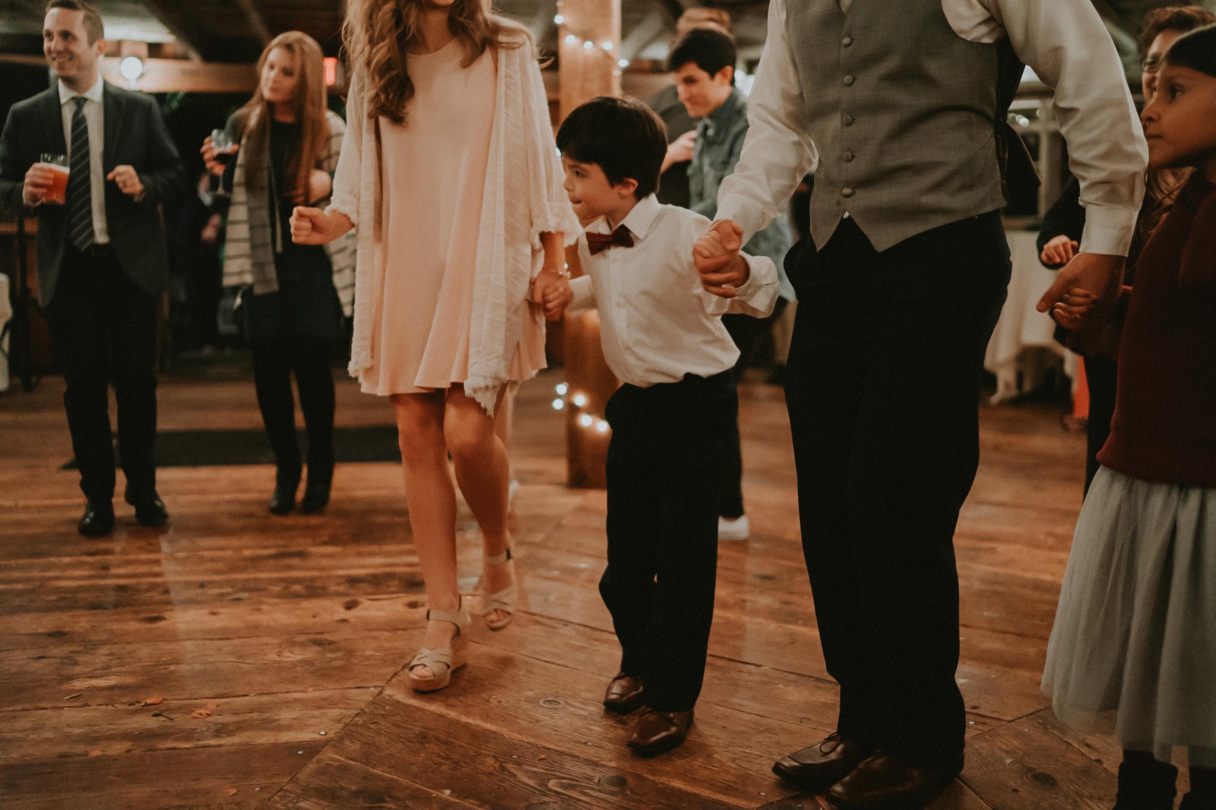 Portland_wedding_photographer_McMenamins_Alfred_Tang-100.jpg