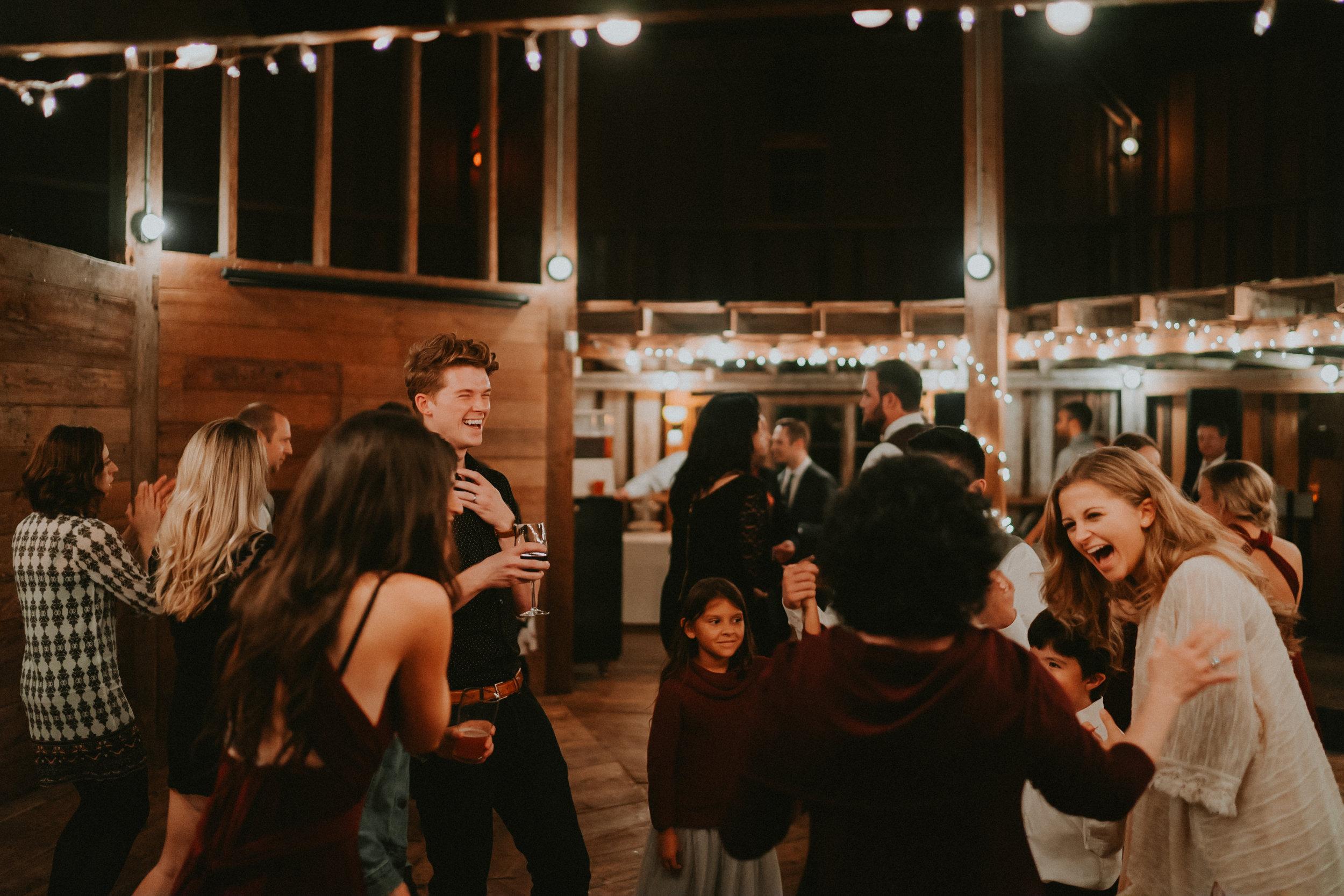 Portland_wedding_photographer_McMenamins_Alfred_Tang-108.jpg