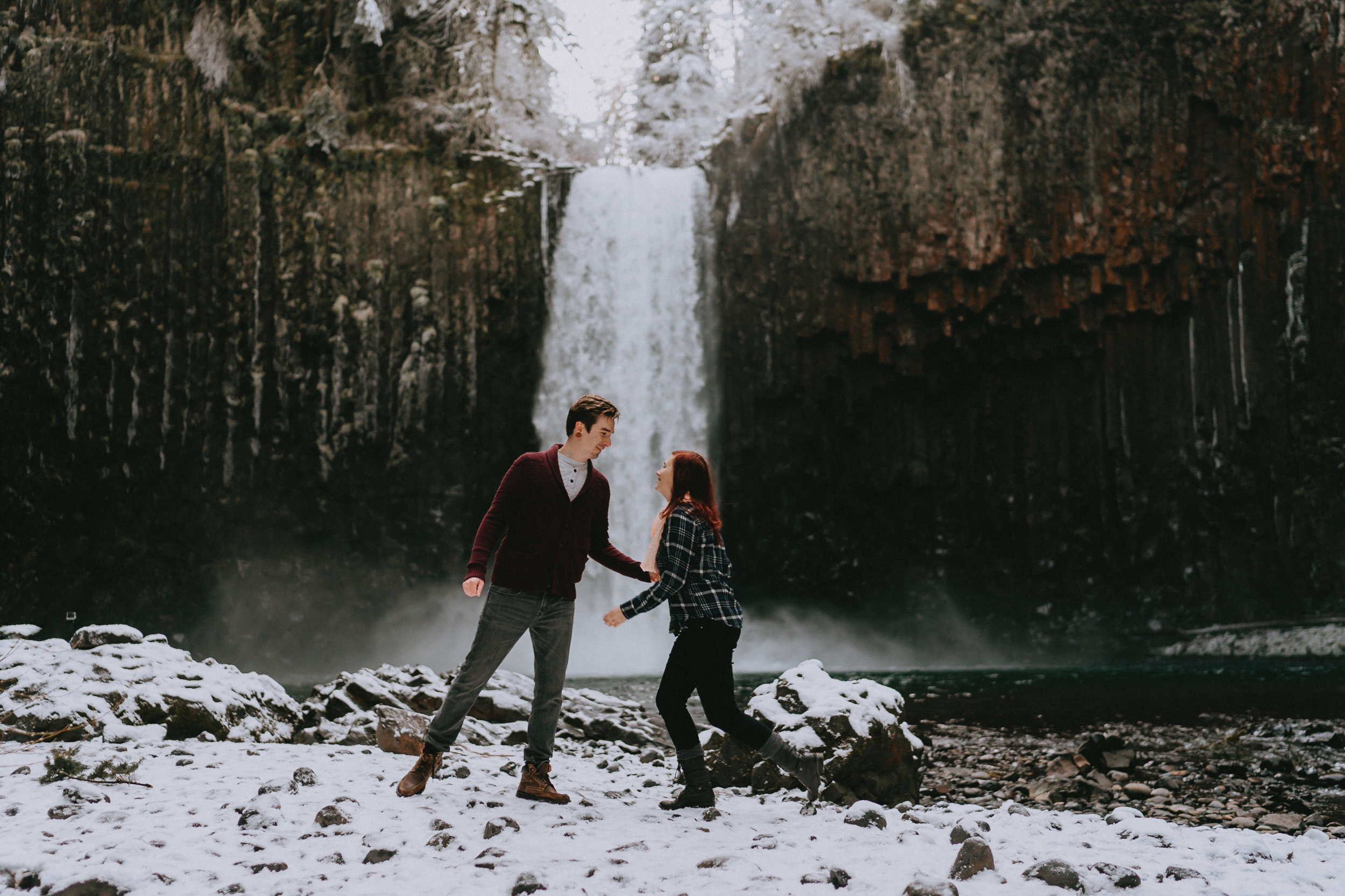 AbiquaFalls_Oregon_wedding_Engagement_photographer_alfred_tang-19.jpg