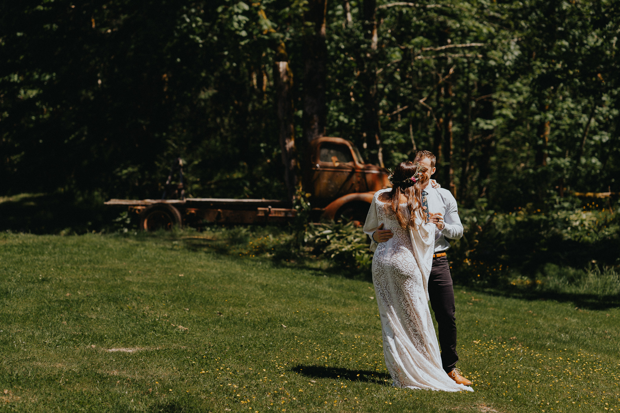 First-Dance-Columbia-Gorge-Wedding-Photographer