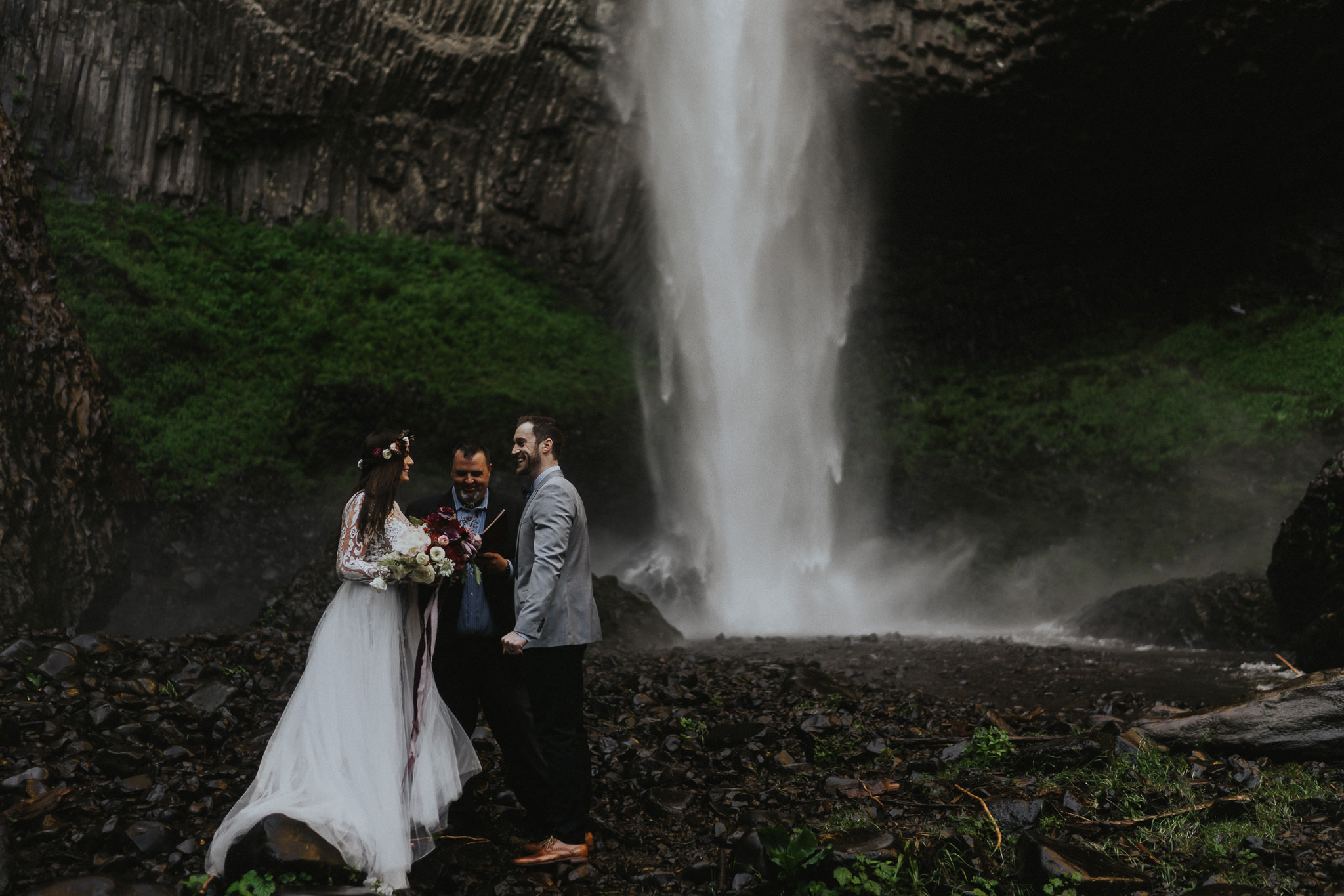 Portland-Tribes-n-Pines-Florals-Wedding-Photographer