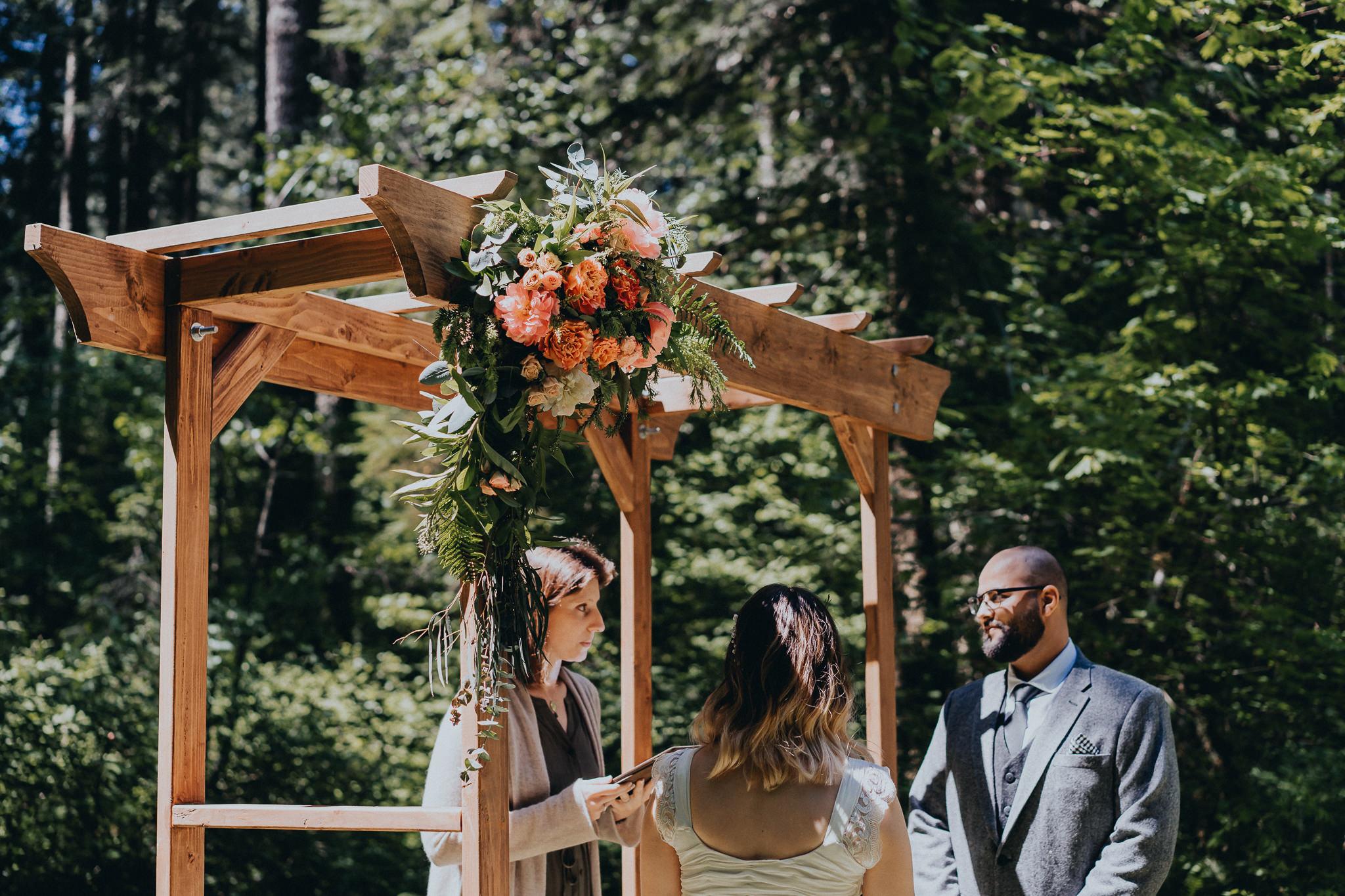 Wedding-Arbor-Portland-Photography