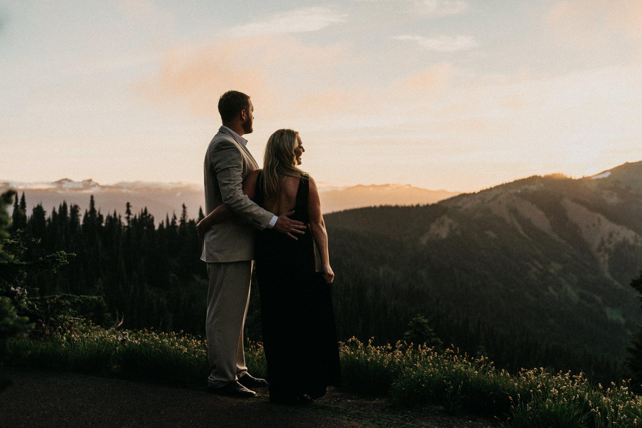 Sunset-Hurricane-Ridge-Engagement