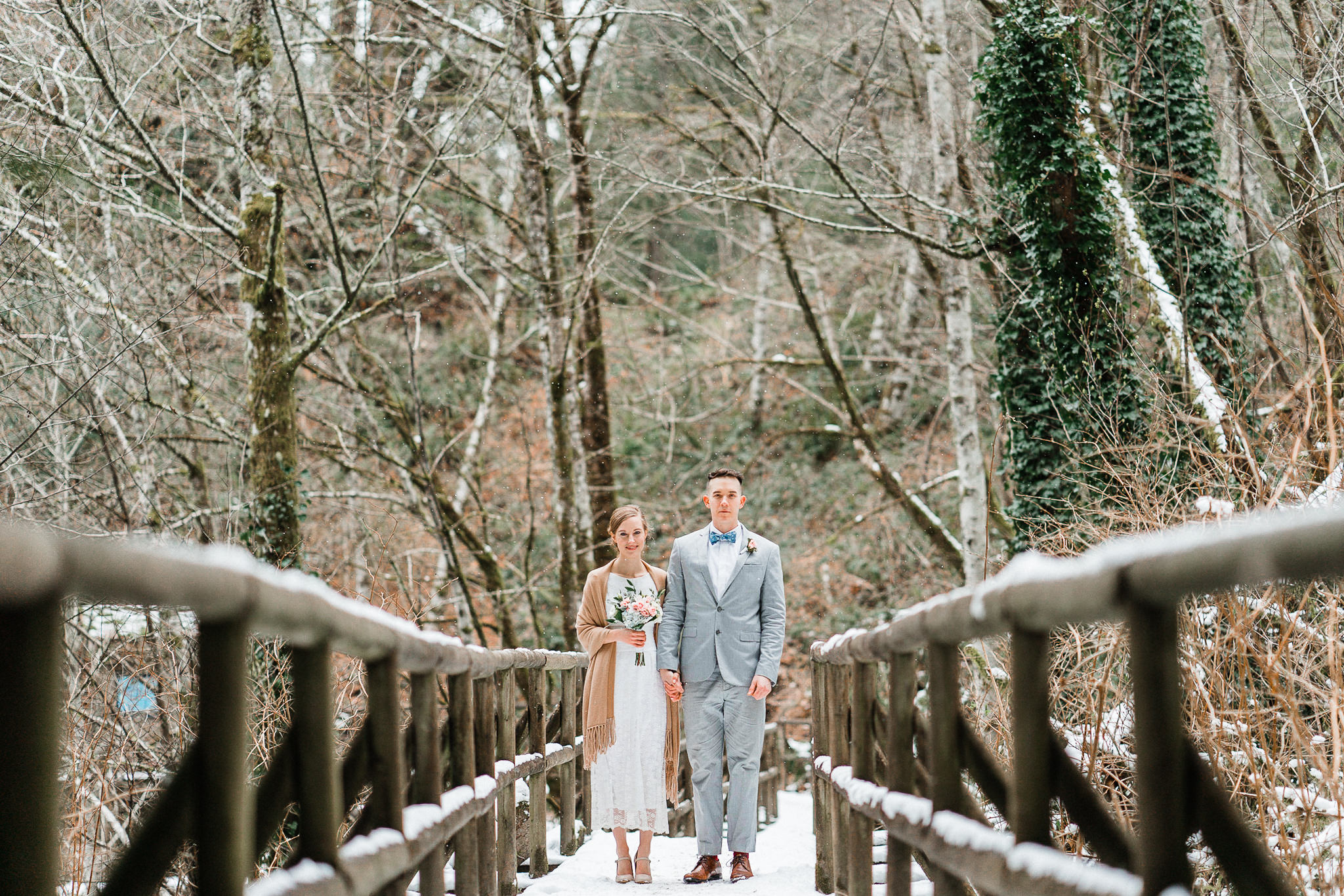 Elopement snow Seattle photographer