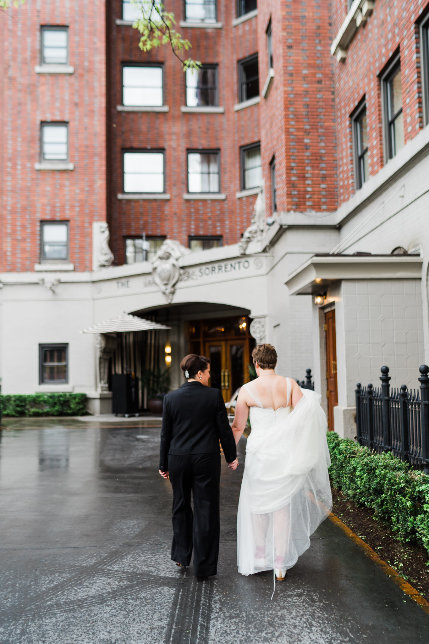 Hotel Sorrento Brides Seattle Wedding Photographer