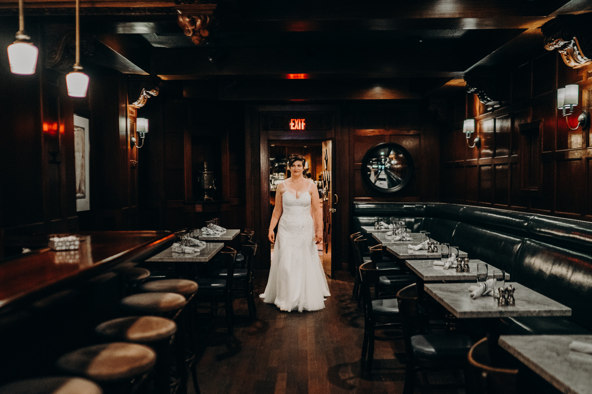 Seattle Hotel Sorrento Wedding Bride Dress Gown Photographer