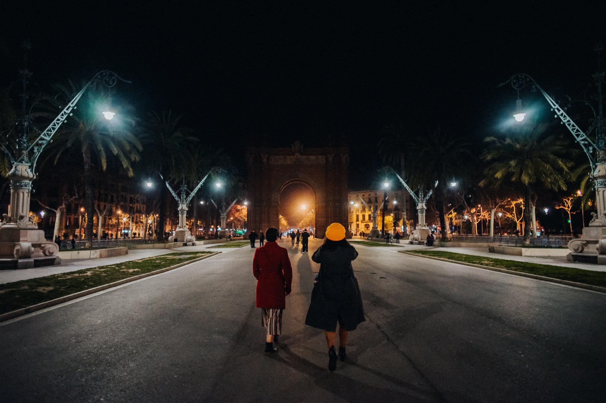 Acr de Triump Barcelona night lights