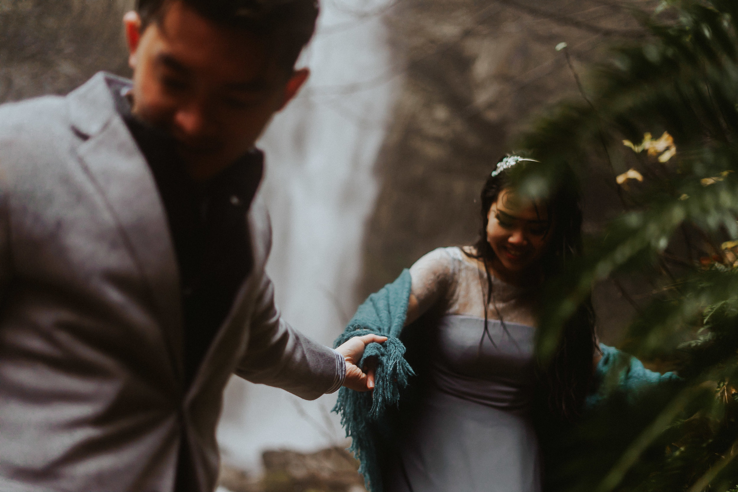 Waterfall engagement photographer Alfred Tang