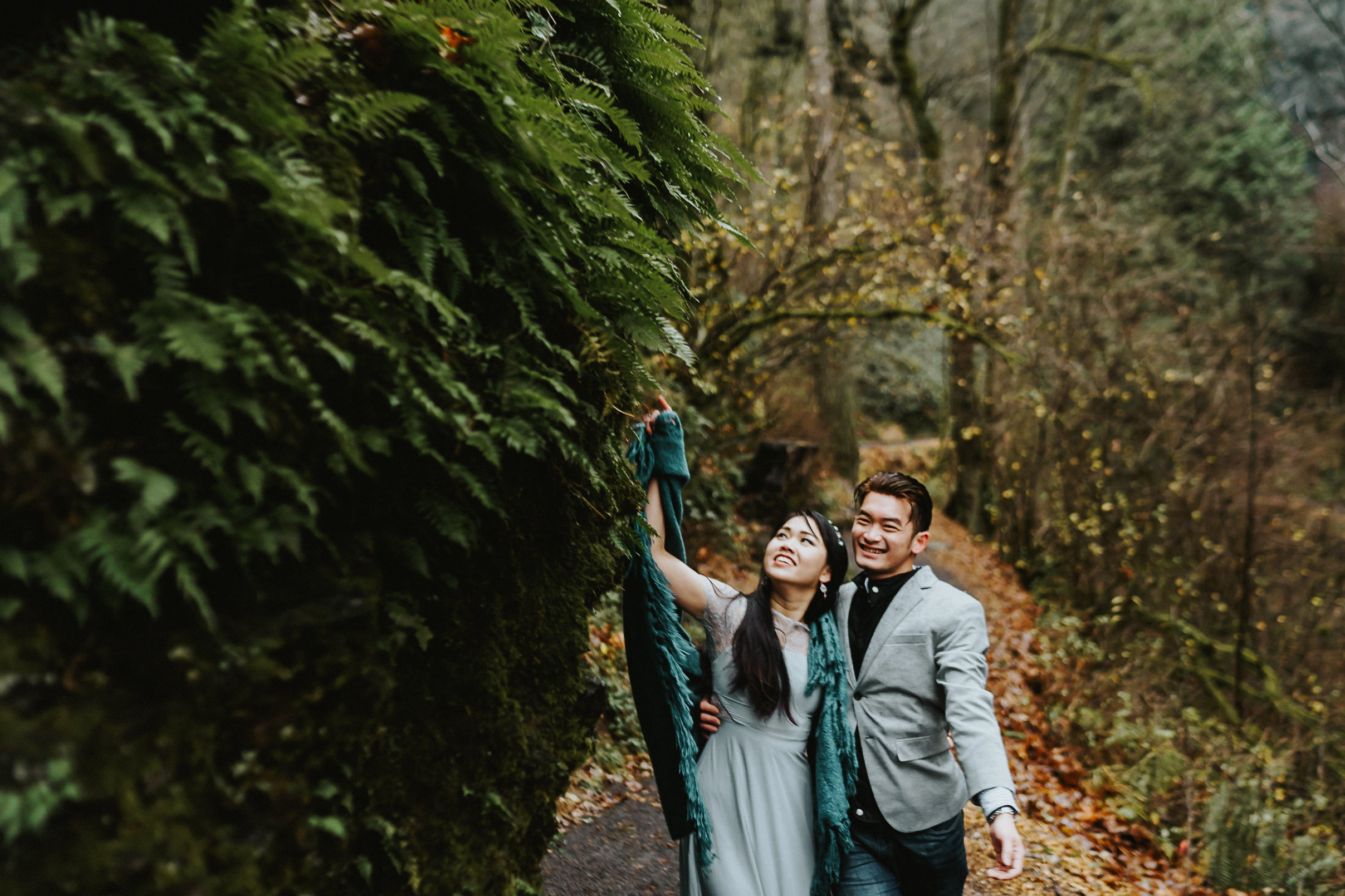 Portland Columbia Gorge Engagement inspiration Alfred Tang