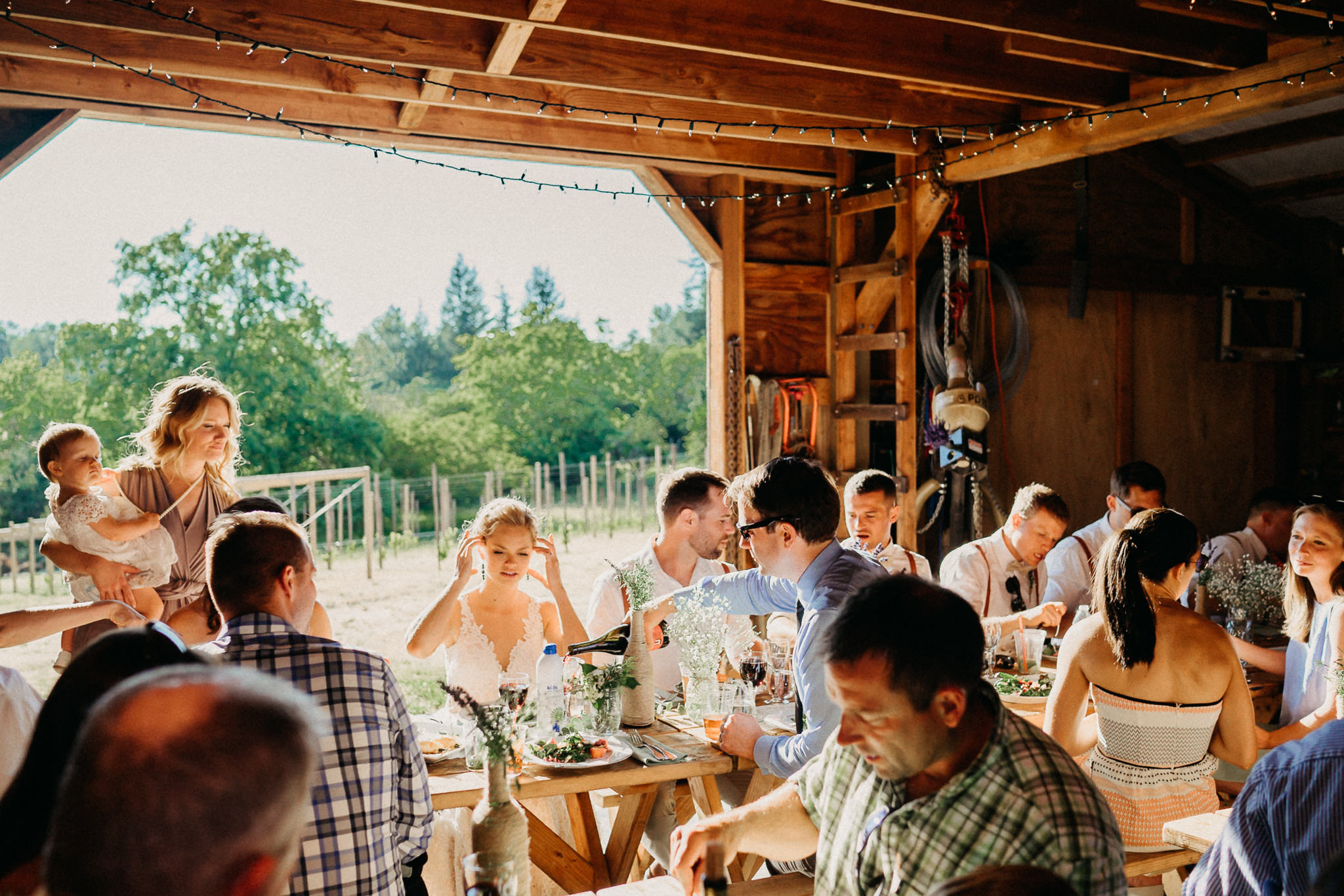 Summerhill-Farms-Portland-Wedding-Photographer-Backyard-Vineyard-75.jpg