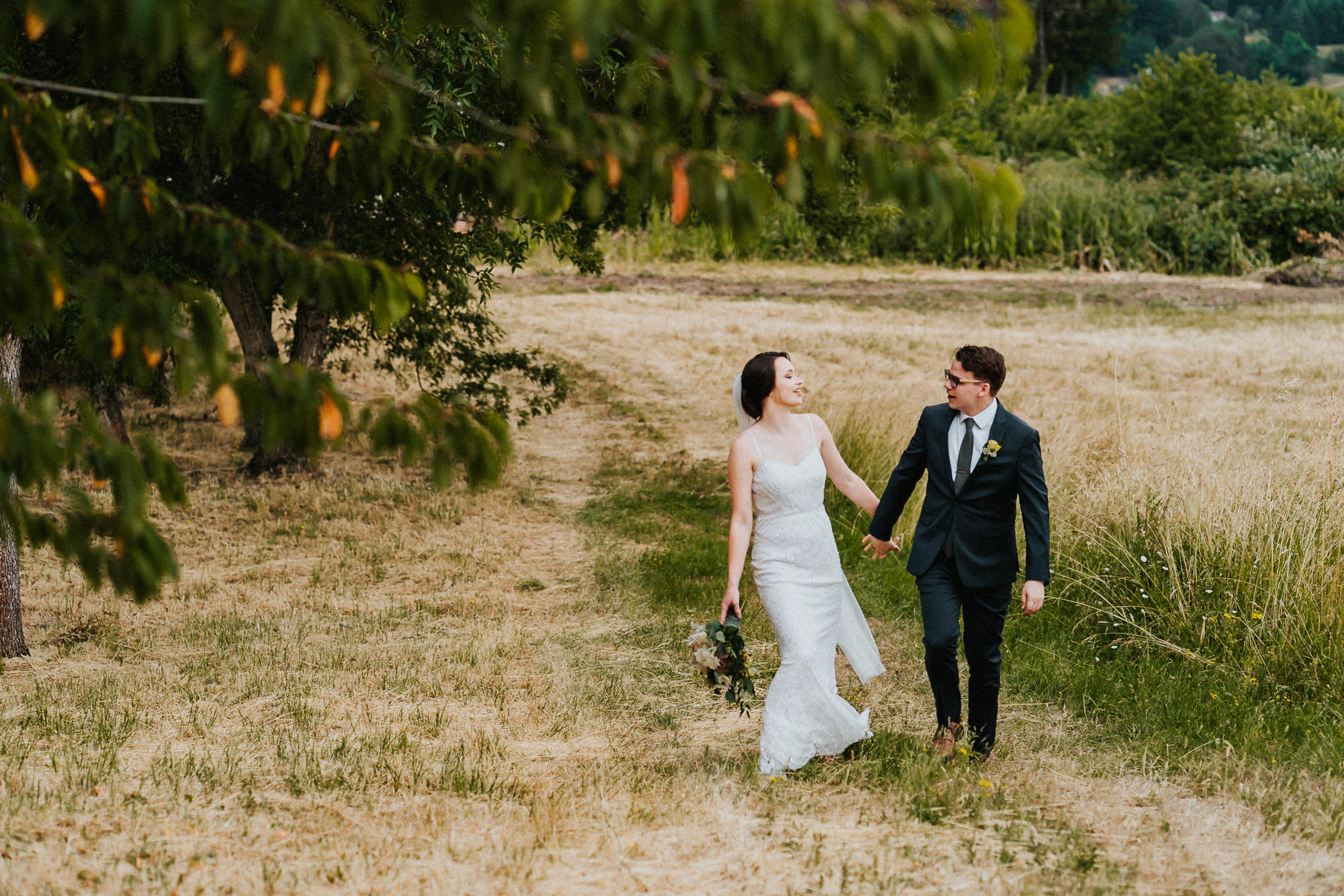 Bride Groom Laugh Walking Lifestyle Candid Photographer Alfred Tang