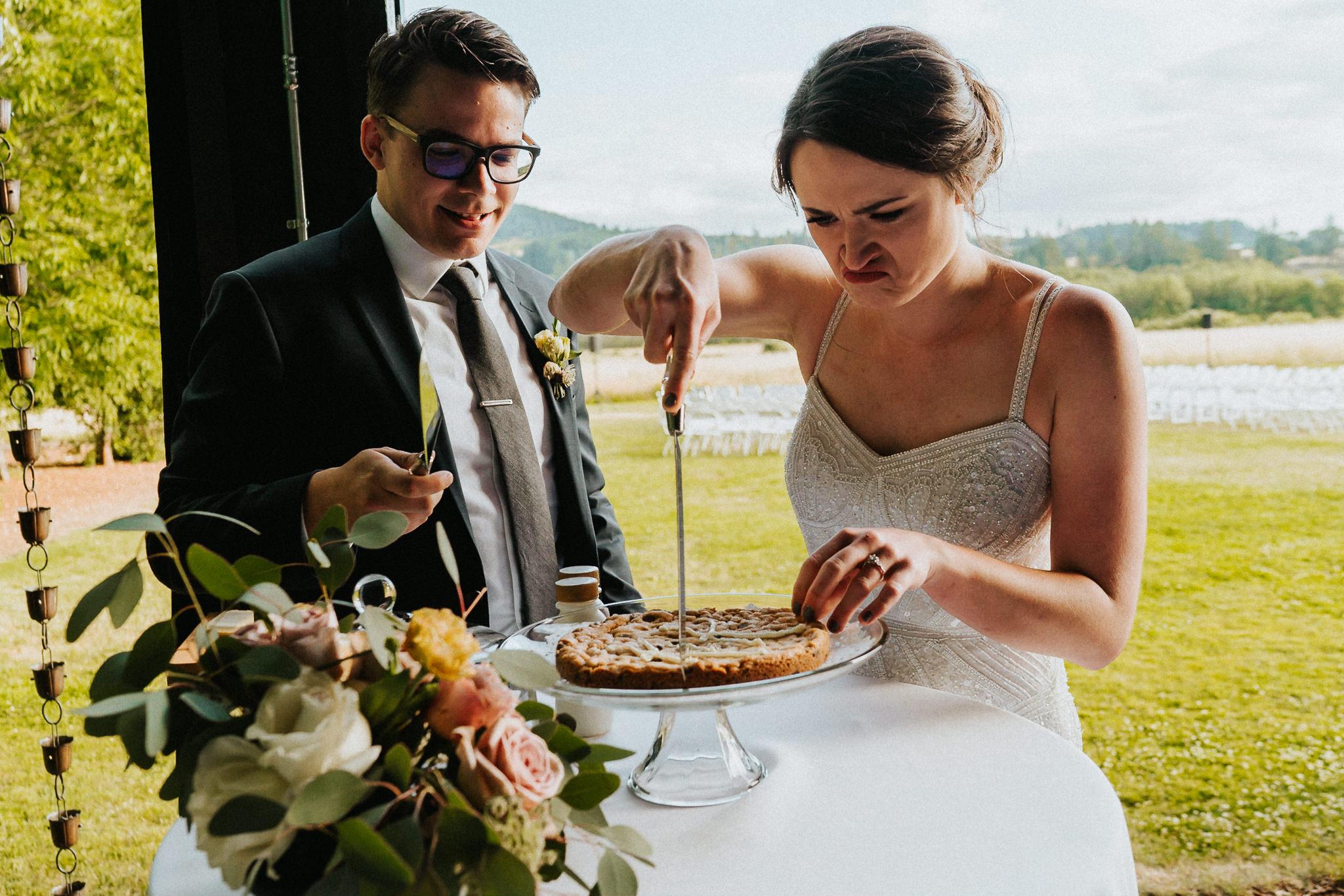 Bride Groom cut Cookie cake Water Oasis