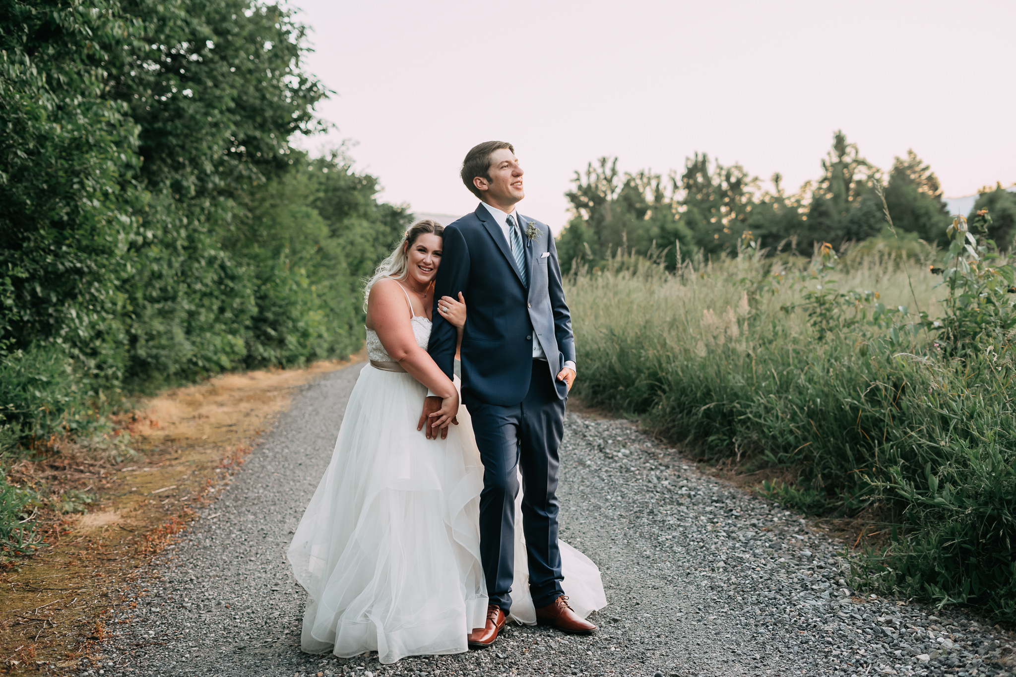 Columbia-Gorge-Backyard-Wedding-Photographer-Portland-best-Alfred-Tang-95.jpg