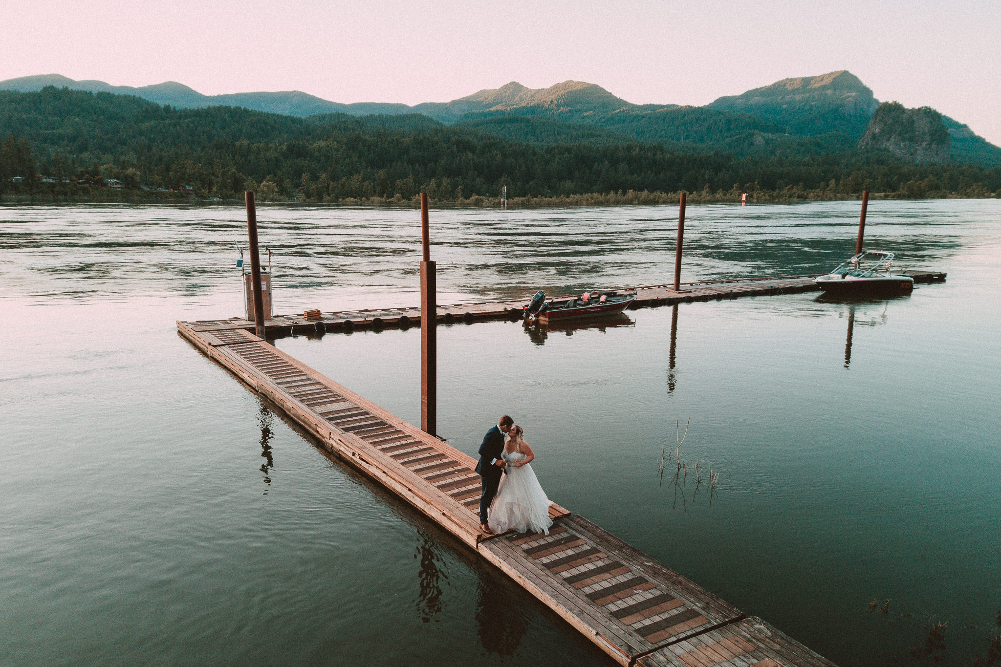 Columbia River Gorge Wedding Drone Valley Best Recommended Portland Oregon Alfred TangPhotographer Cascade Locks