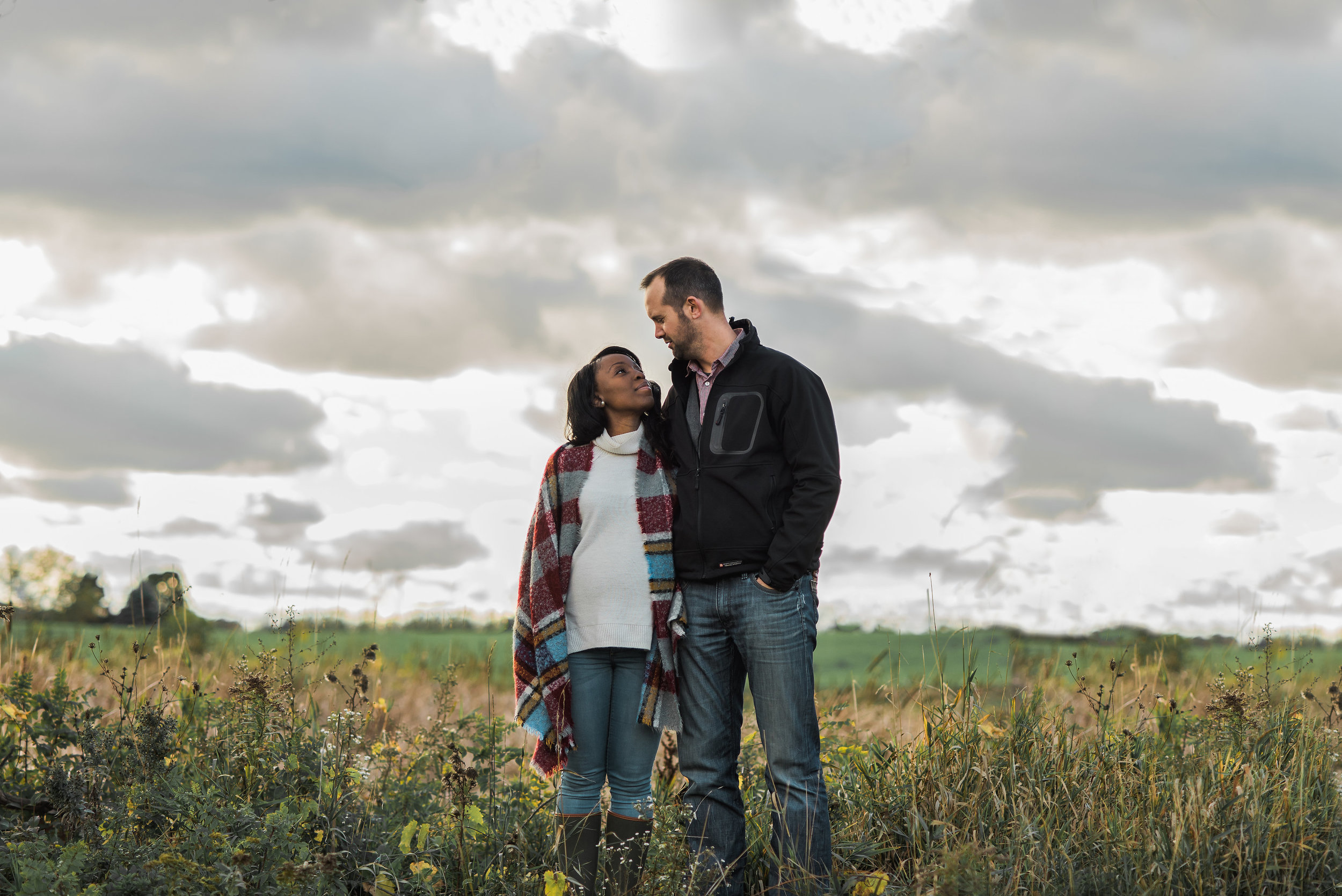 Grimsby Niagara-region couple maternity lifestyle photo sessiongraphy