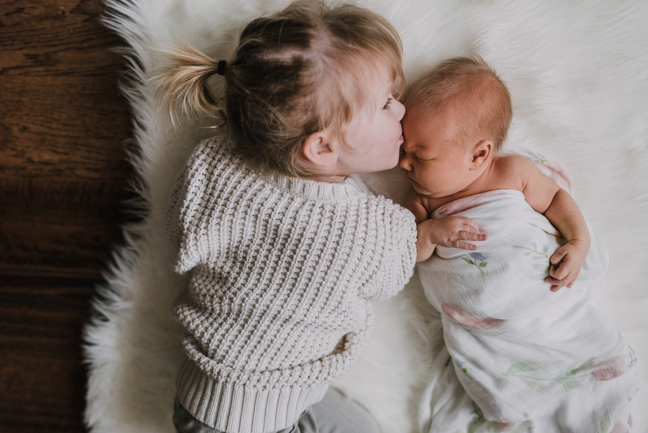 Beamsville newborn lifestyle photographers at home siblings