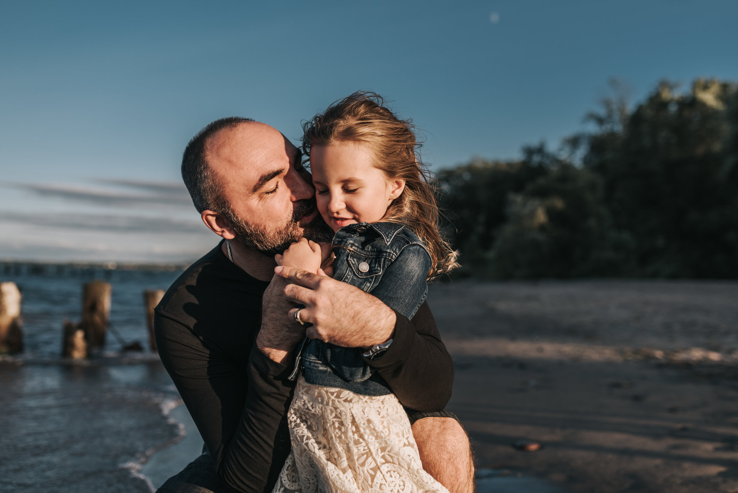windy beach session, father and daughter, family photography, lifestyle photograph