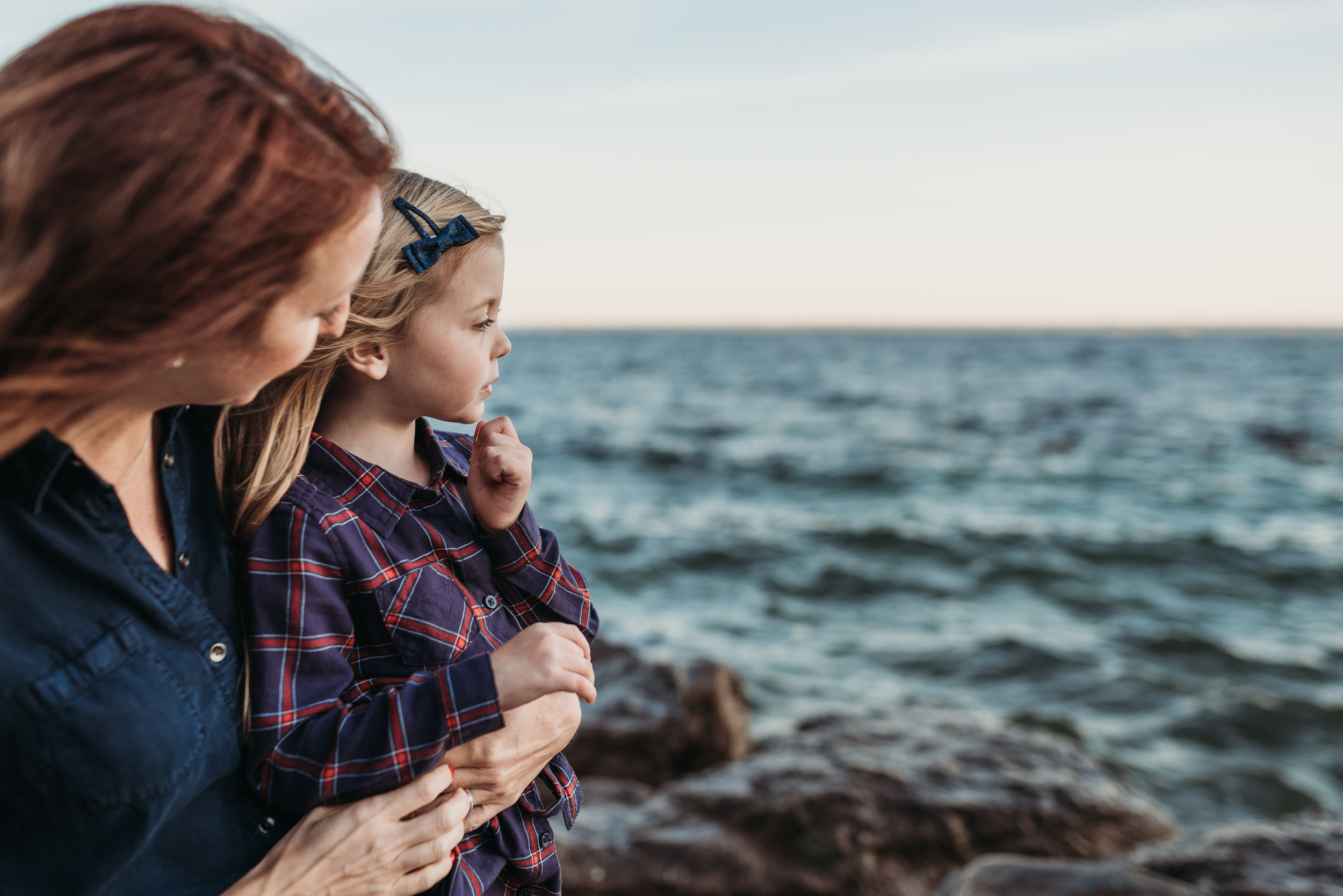 Mother and Daughter lake family photograher