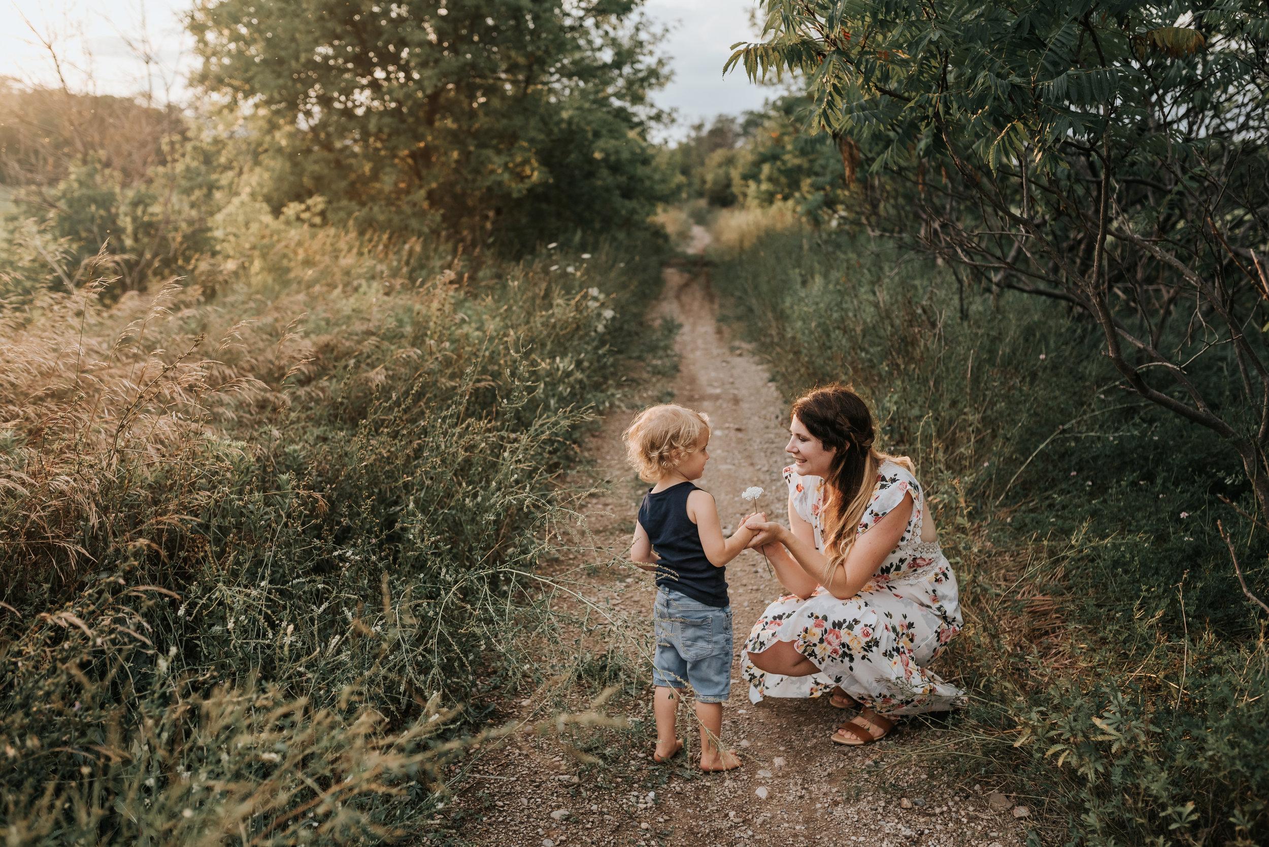 Hamilton & Niagara Lifestyle Family Photographer
