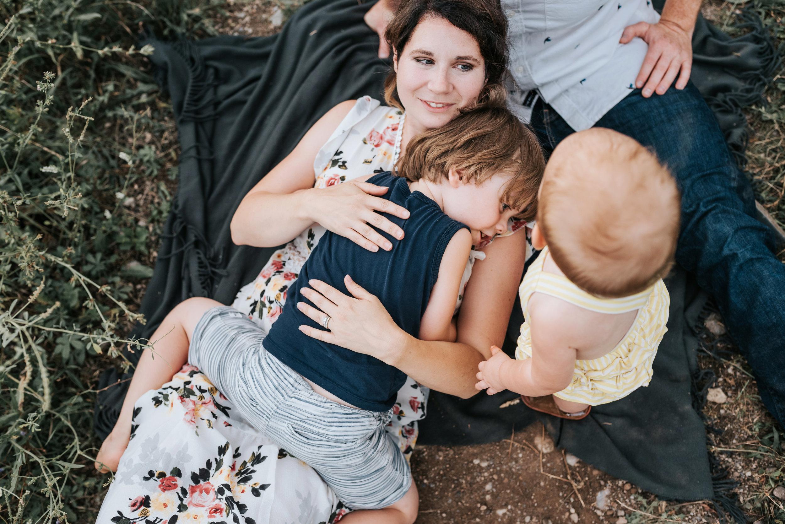 Hamilton & Niagara Newborn Photographer