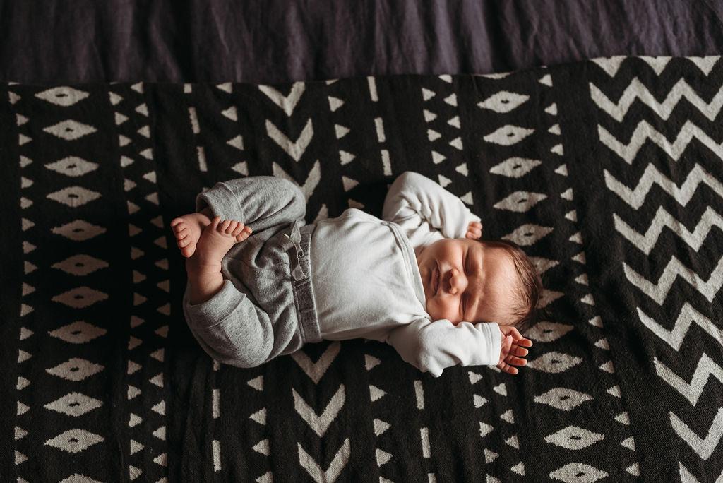 Baby Newborn Family Photography Hamilton Lincoln Grimsby Beamsville Niagara Vineland Lifestyle Newborn