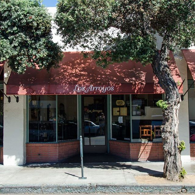 Taking a trip down memory lane: Our little gem that started it all: Los Arroyos on Figueroa St! What's your favorite Los Arroyos memory?? . . . #losarroyos #sbeats #805eats #losarroyosmexicanrestaurant  #sblocal #throwbackthursday