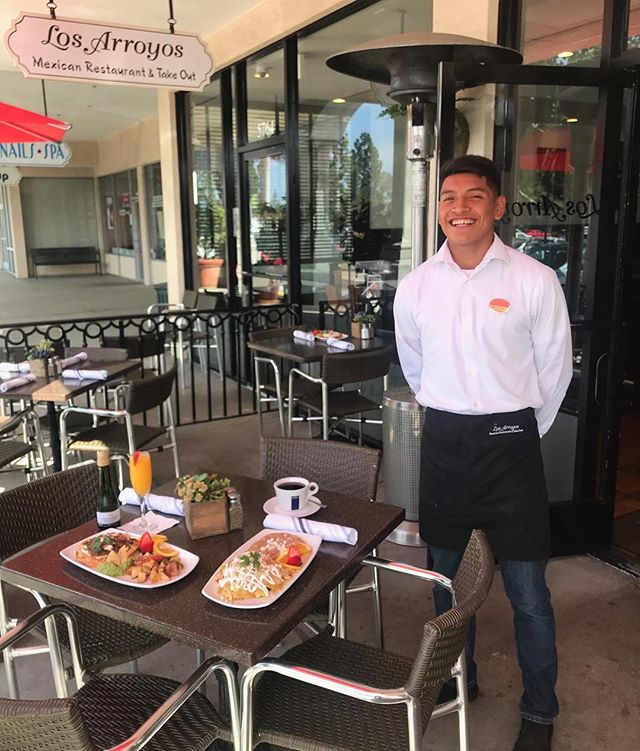 Our team is all smiles, ready to serve you delicious breakfast Saturday's & Sundays from 10-1 . . #losarroyos #sbeats #805eats #losarroyosmexicanrestaurant #sbbrunch #goleta #downtown #montecito #camarillo