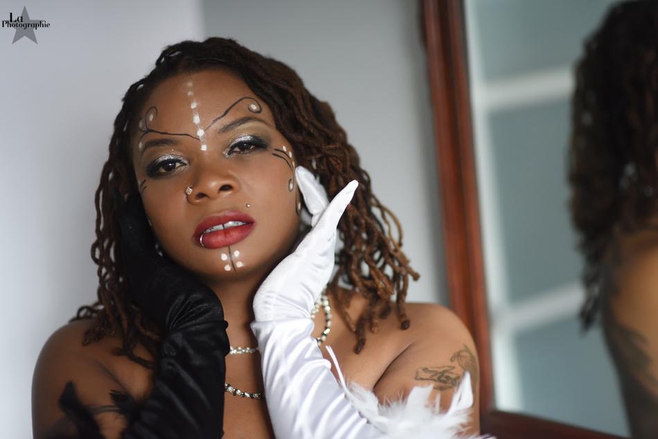 Colorado Burlesque Performer Evangeline Cain 6.jpg
