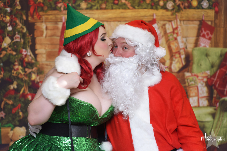 Denver Christmas Pinup 6.jpg