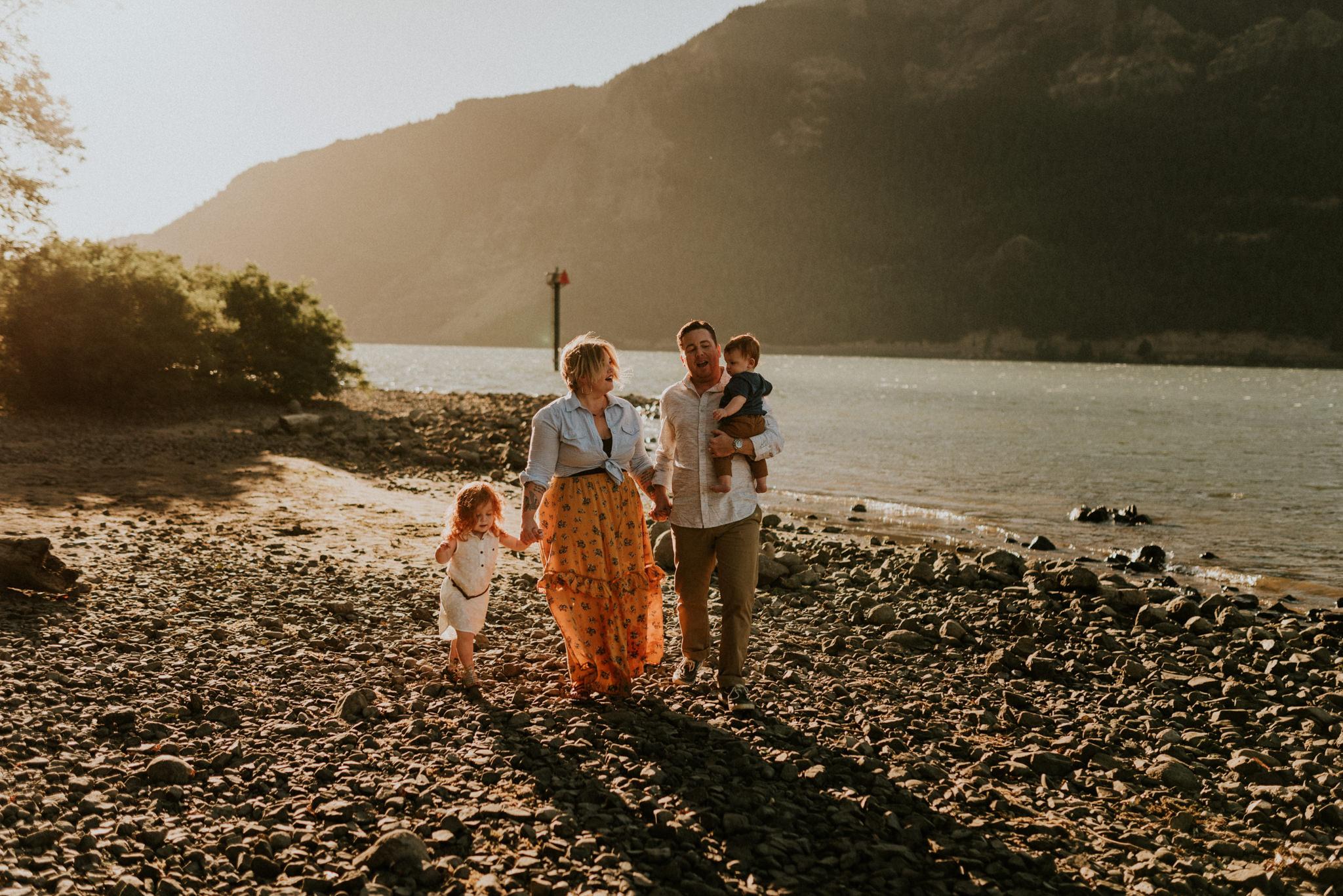 Kerlyn-Van-Gelder-Photography-Texas-Photographer46.jpgColumbia-River-Gorge-Adventurous-Intimate-Family-Session-Kerlyn-Van-Gelder-Photography-Portland-Oregon-Family-Photographer