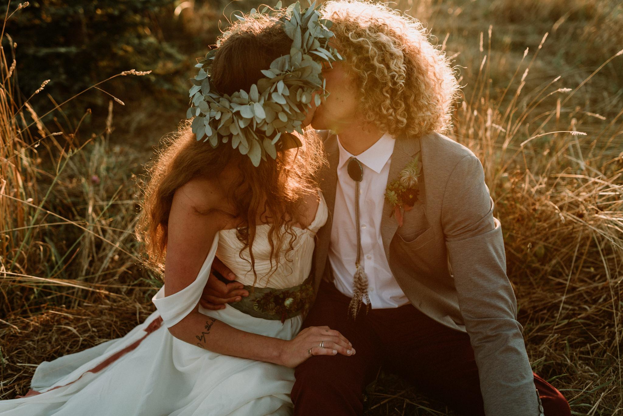 magical-bohemian-sunset-greenery-port-angeles-washington-forest-seaside-grassy-backyard-wedding-Kerlyn-Van-Gelder-Photography-Washington-Wedding-Photographer