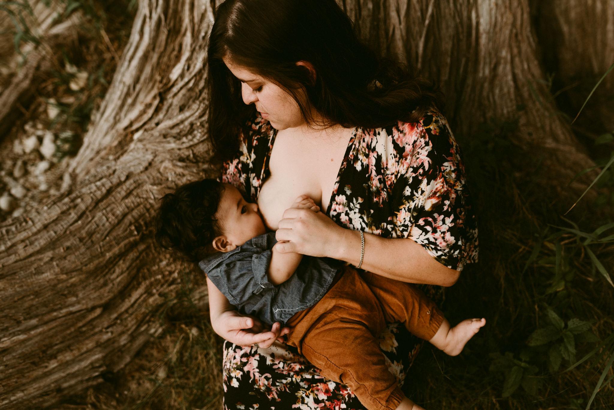 Gorgeous-Sunset-River-Fall-Family-Session-Kerlyn-Van-Gelder-Photography-San-Antonio-Photographer