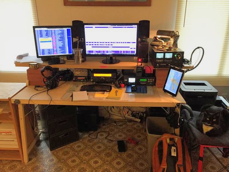 Final QRO station at my former Prineville, OR QTH. I miss this setup.