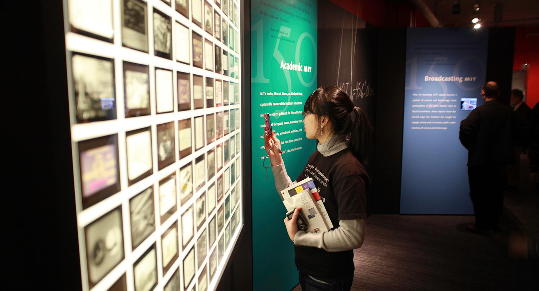 MIT-exhibit-thumb.jpg