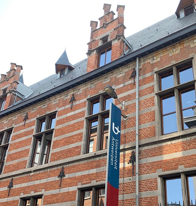 It's back to school for #iolc2019  attendees. #iolc2019 will be held at the historic @uantwerpen and @hoteljulien #belgium #antwerp #oncology #leadership #hauckmeetings