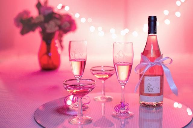 alcohol-alcoholic-anniversary-302515.jpg