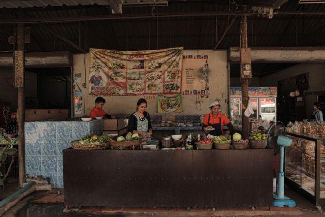 AmazingRoadside Restaurant.jpg
