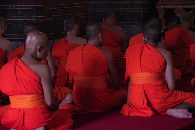 Monks @ Tample.jpg