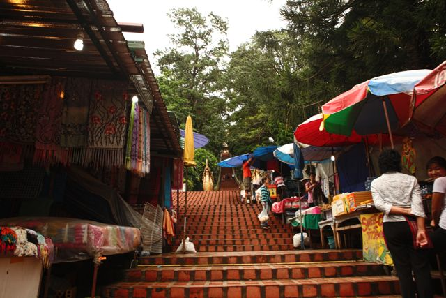 Stairs to Temple Chaing Mai.jpg