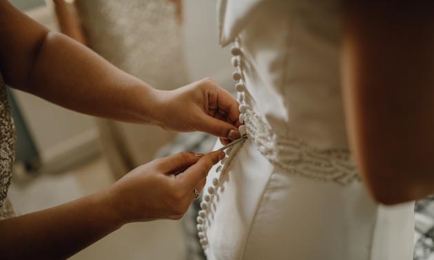 WINTER WEDDING LAKESIDE MARQUEE THORNTON MANOR-27.jpg